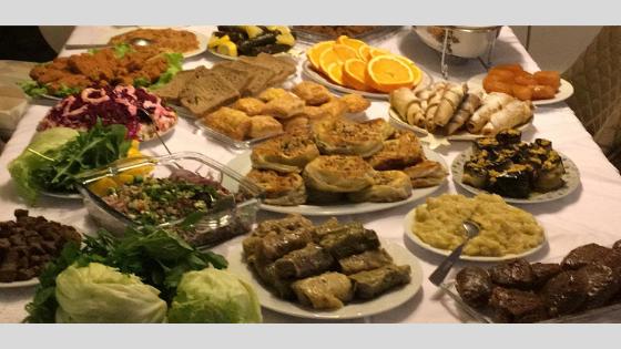 törökszokasok - asztal
